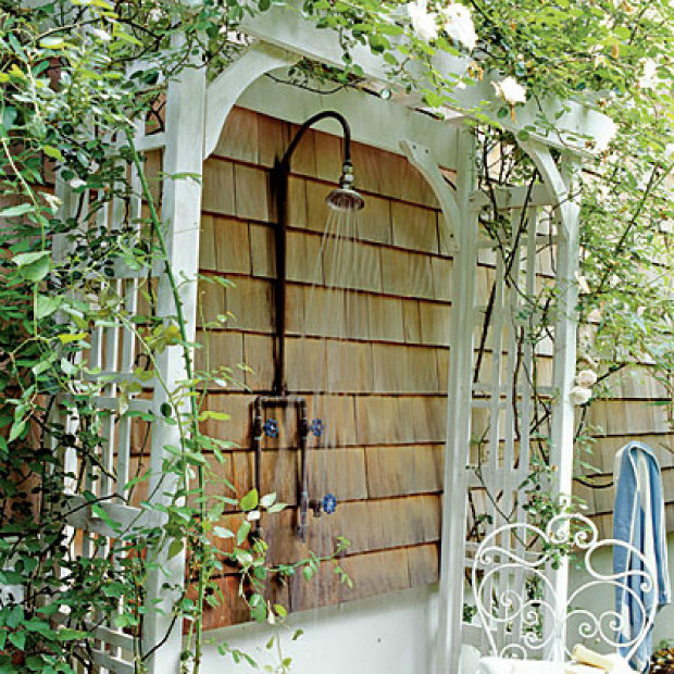 Outdoor-Showers-Photos-4