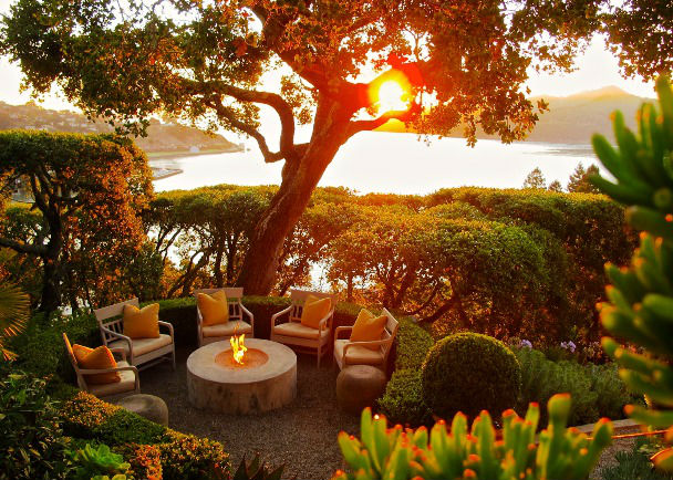 sunset-mediterranean-patio