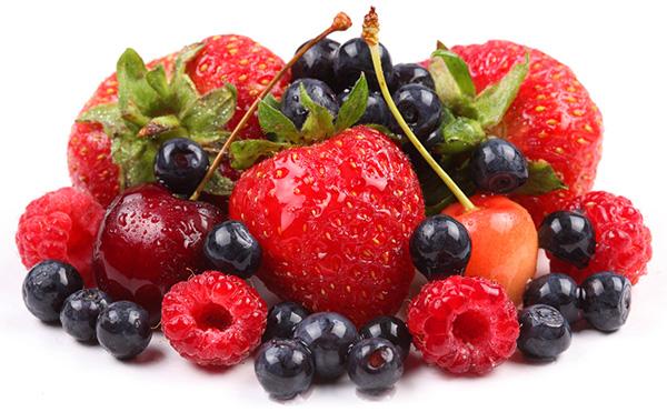 замораживаем ягоды правильно
